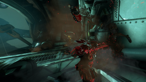 A Rhino frame getting ready to stab a Grineer lancer. Screenshot by Wilson Gomez.